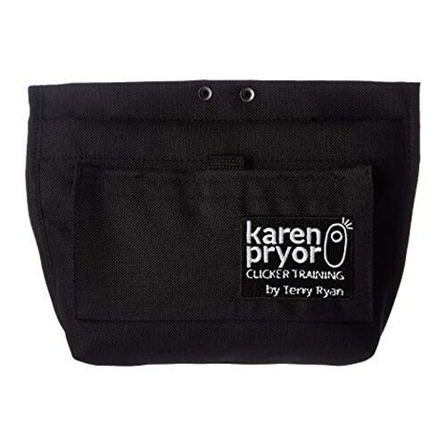 Musta namitasku. Edessä on Karen Pryor -merkin logo.